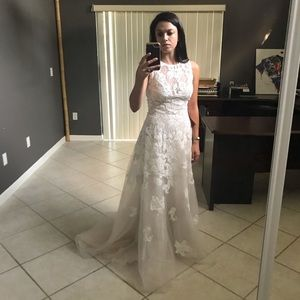 True romantic bhldn gown size 2